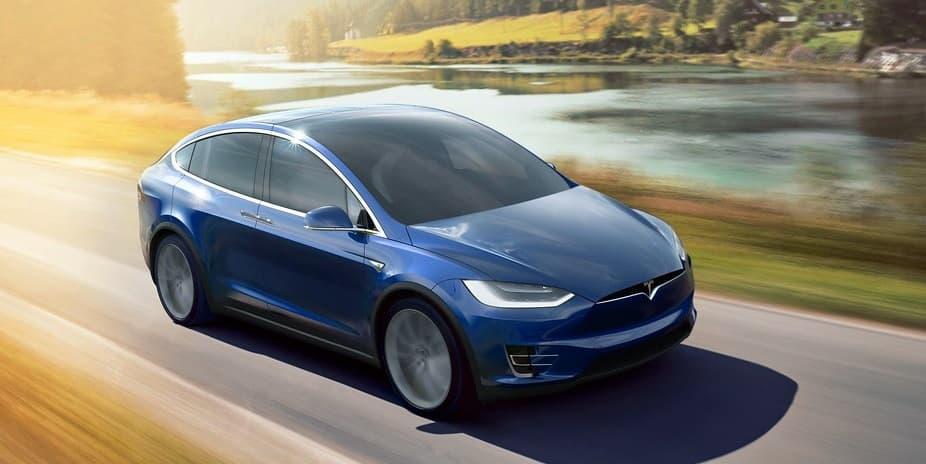 Un coche podría funcionar con energía procedente de paneles solares transparentes