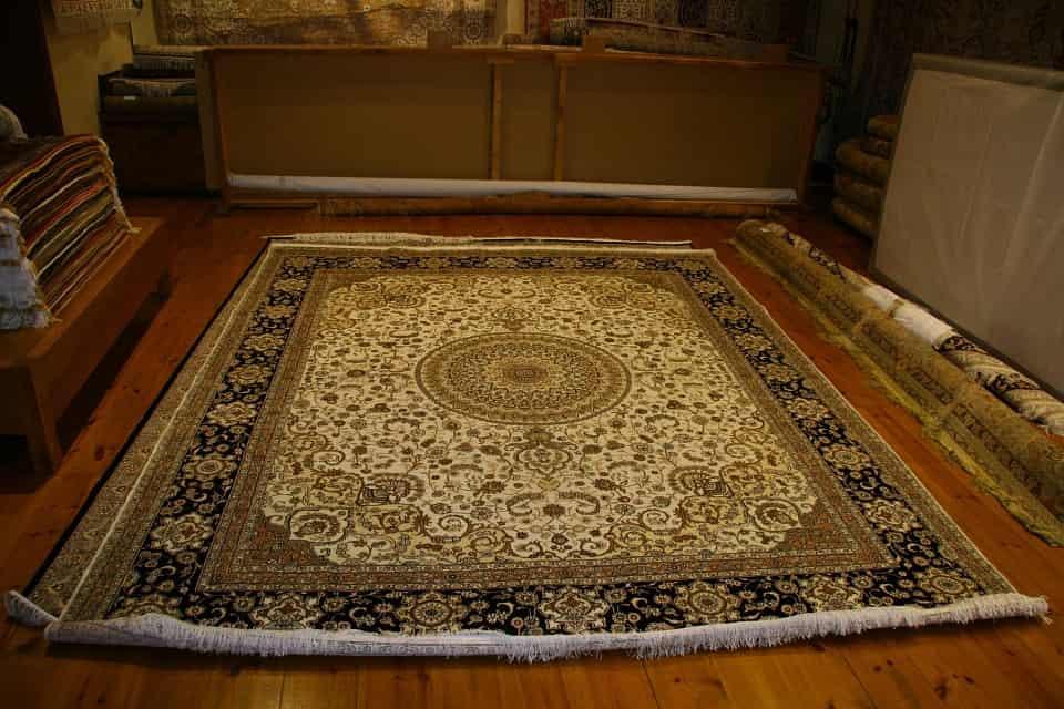 Uso de alfombras para calentar la casa