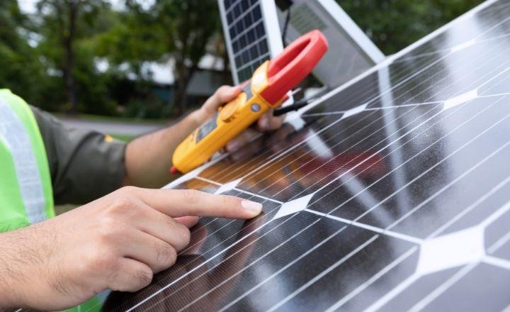 tipos de energía solar, panel fotovoltaico